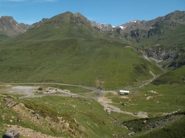 Le Pic du Midi dépasse