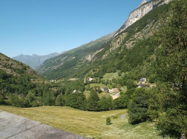 La route pour retourner à Luz Saint Sauveur et dans la vallée