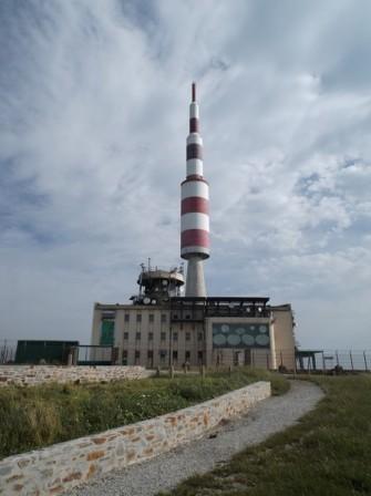 L'antenne relais haute de 102 m