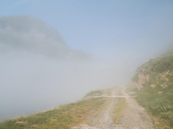 Petit arrêt à la limite du brouillard...