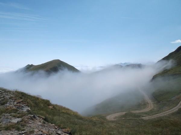 On va bientôt repasser dans le brouillard...
