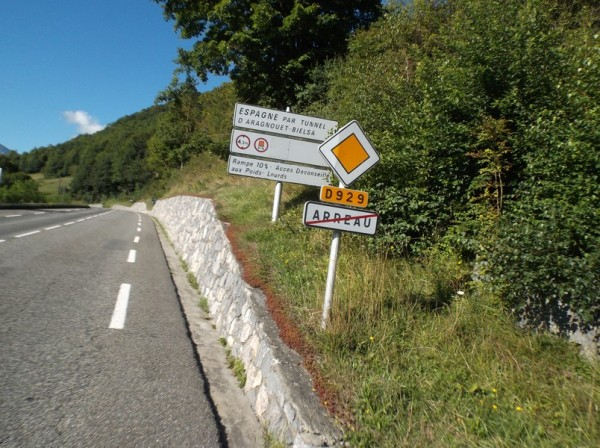 Après avoir traversé Arreau où je repasserai plus tard dans la sortie.