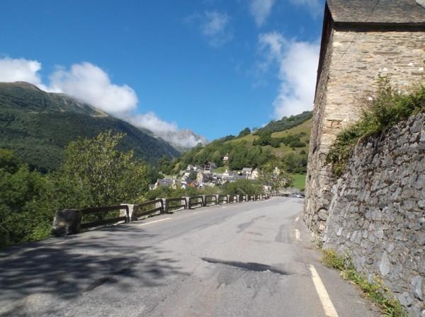 Le village de Soulan en vue.