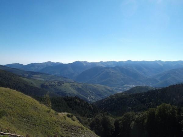 Vue sur la vallée d'Aure et une partie de la montée du col d'Aspin versant Arreau que je grimperai plus tard.