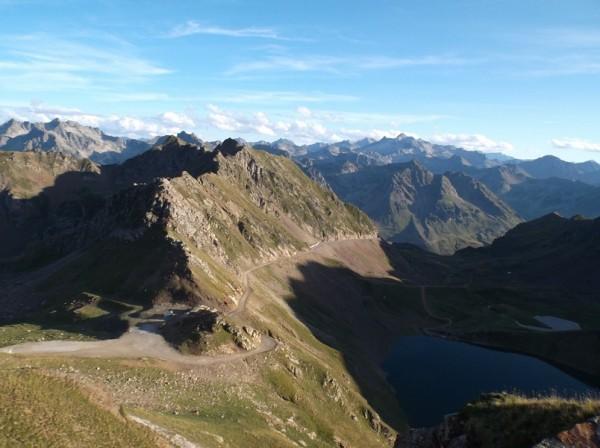 Les couleurs sont superbes en cette find 'aprem. Le col de Sencours et le lac d'Oncet.