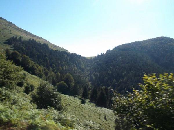 Le sommet du col d'Aspin en vue à 1,5 km.