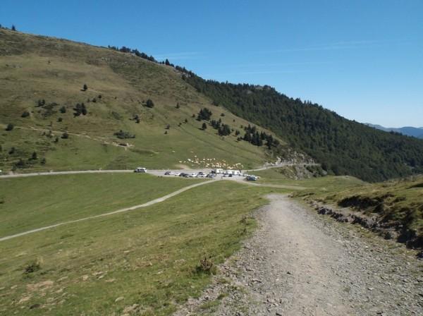 Le sommet du col d'Aspin en vue.