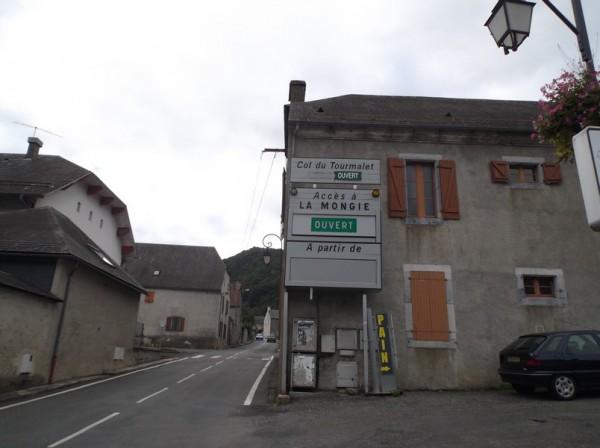 A Sainte Marie de Campan, c'est parti pour le col du Tourmalet...en hors d'oeuvre.