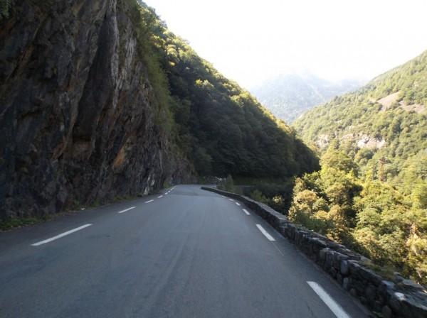 En direction de Gèdre sur la route de Gavarnie.