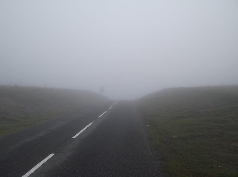 Dans les tous derniers mètres du col d'Erroymendi