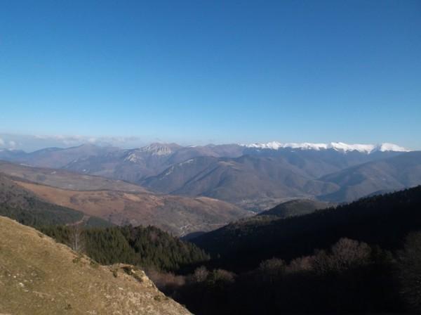 Vue côté vallée d'Aure avec une partie de la montée du col d'Aspin versant Arreau.