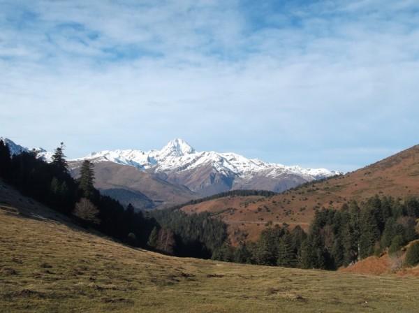 Le Pic du Midi vu depuis le sommet.