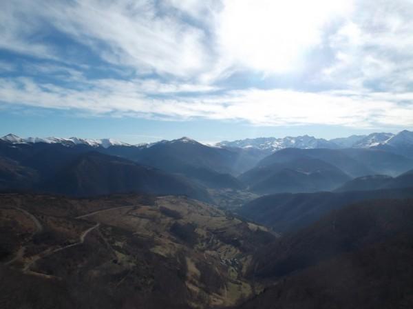 Vue sur le versant Arreau que je viens de monter.
