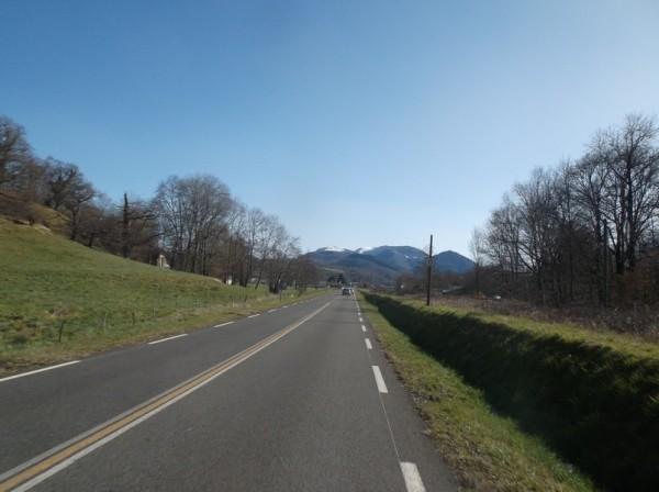 Dans la ligne droite qui précède Bagnères.