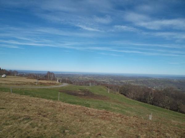 Au sommet, vue vers la plaine.
