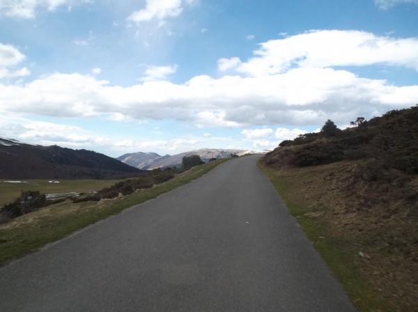 A moins de 2 kilomètres du sommet.
