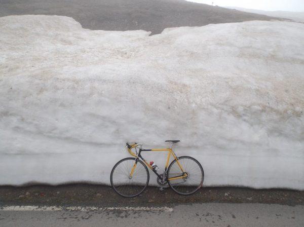 Petit souvenir du GrandSaigne devant les murs de neige qui rapetissent^^