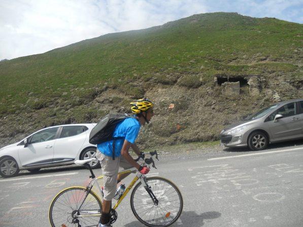Photo de Cyrille qui était placé juste avant le sommet.