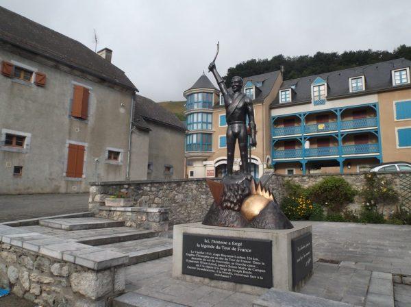 A Sainte Marie de Campan.