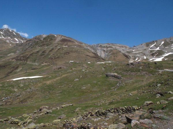 Le sommet du col du Tourmalet en haut.